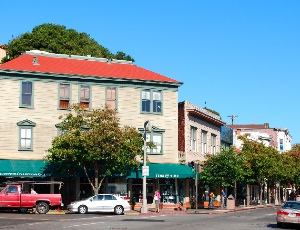 downtown sausilito.JPG