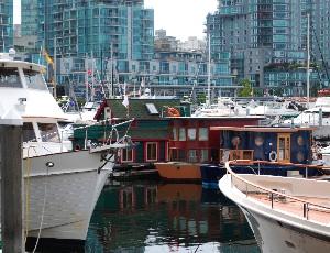 house boats.JPG