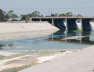 la aqueduct.JPG