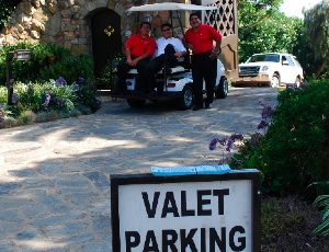valet parking only.JPG